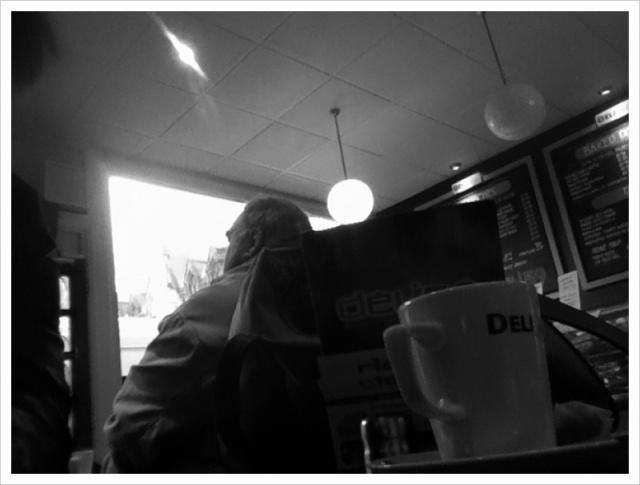 Monday morning cafe performance