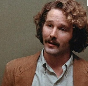 Timothy Bottoms as Hart